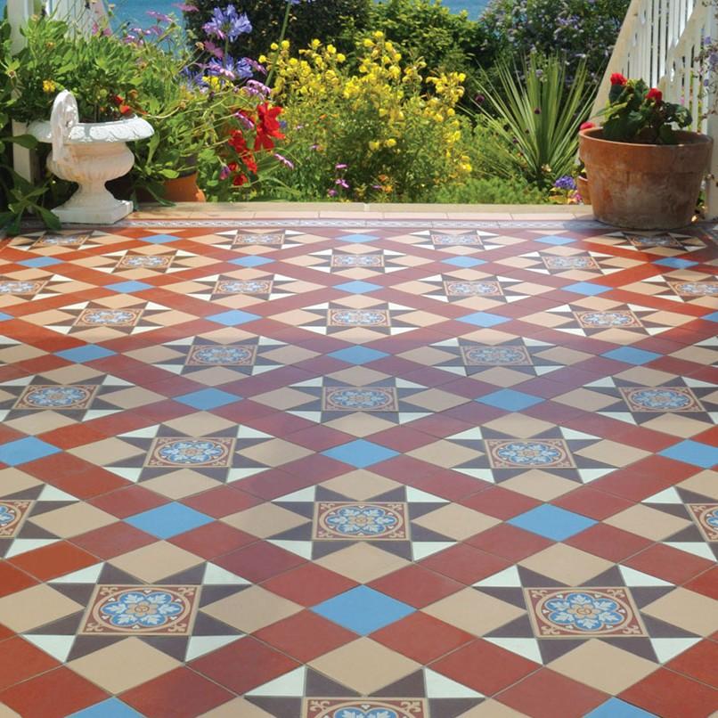 Original style floor tiles